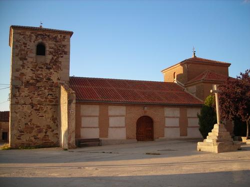 Iglesia San Juan Bautista (Crespos)   Jamones Blázquez